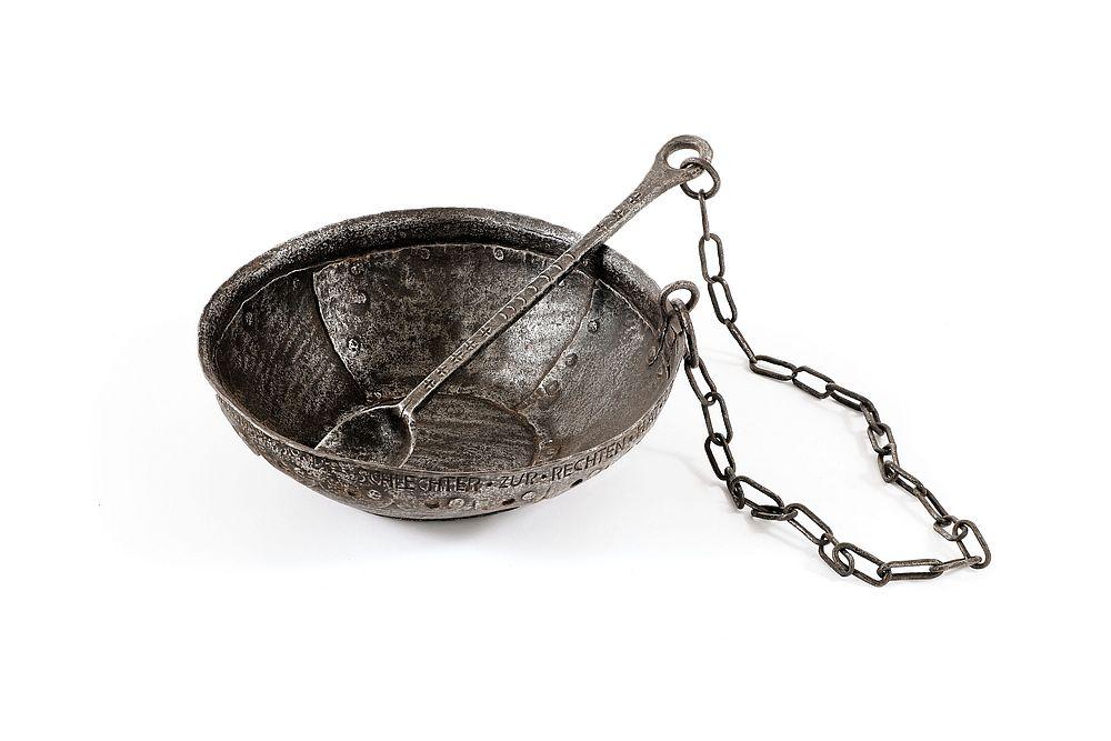 Metallgeschirr, Süddeutschland/Österreich, 18. Jahrhundert, Eisen